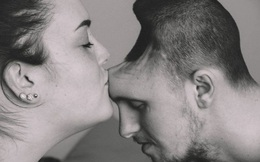 Câu chuyện đầy nước mắt: Tình yêu của vợ dành cho chồng bị mất nửa hộp sọ do nước tăng lực