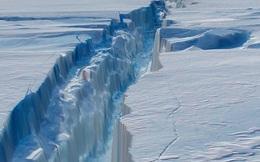 """Tảng băng khổng lồ ở Nam Cực có nguy cơ nứt gãy, giới khoa học """"đứng ngồi không yên"""""""