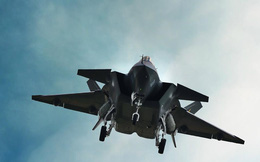 """Nga chê J-20 kém hơn cả """"bà già"""" Su-24, Trung Quốc đáp trả"""