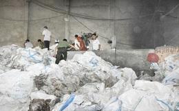 Công nhân ngã vào máy nghiền bao bì, thi thể dập nát