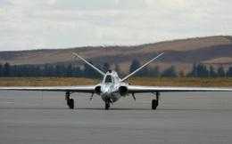 Máy bay huấn luyện - chiến đấu có thiết kế kỳ lạ hàng đầu thế giới