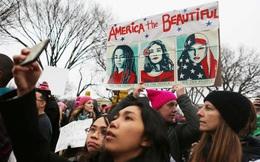 Người tuần hành chống Trump đông hơn xem nhậm chức, gần bằng kỷ lục biểu tình chống Chiến tranh Việt Nam