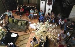 Chủ nợ kéo đến nhà, Đàm Vĩnh Hưng tuyên bố trả tiền thay mẹ lần cuối