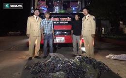"""Bắt xe Lào biển """"lộc - phát"""" giấu gần 30.000 quả pháo nổ"""