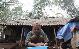 """Đôi vợ chồng sống 50 năm trong lùm tre ở Nghệ An: """"Nuôi được mấy con gà mà không dám ăn"""""""