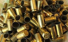 Người Mỹ thu nhặt vỏ đạn như thế nào khi họ dùng súng nhiều đến vậy?