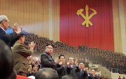 """Ông Kim Jong Un có màn đối đáp """"ông-tôi"""" dữ dội bất thường với tổng thống Trump"""