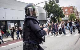 Quan chức EU lo Tây Ban Nha có thể xảy ra 'nội chiến'
