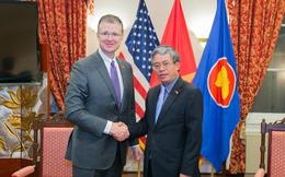 Tân Đại sứ Mỹ Daniel Kritenbrink bắt đầu học tiếng Việt