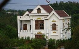 Vì sao biệt thự trái phép của gia đình Phó ban Nội chính Tỉnh ủy Đắk Lắk chưa bị xử lý?