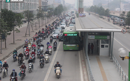 Nếu không cấm lấn làn BRT, sẽ phải có ô tô bay mới đi lại được trong Thủ đô