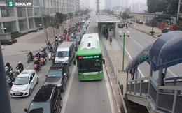 Điều chỉnh tuyến buýt 22 trung chuyển cho xe buýt nhanh: Dân than mất thêm nhiều tiền