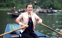 """9 năm sông nước, chưa một lần học bơi của """"hotgirl chèo đò"""" ở Chùa Hương"""