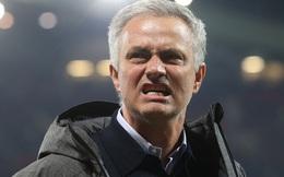 Mourinho: Hãy tống số 7 vào ngăn kéo và lái Man United theo cách của mình!