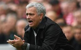 """Mourinho: Tại tôi ngây thơ khiến học trò """"dính đòn"""""""