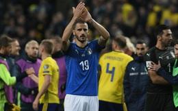 """Người Italia nín thở chờ """"tận thế"""" bởi sự ngớ ngẩn không thể tha thứ"""