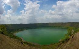 Bí ẩn hồ nước 52.000 năm tuổi làm nhiễu loạn la bàn và thiết bị điện tử