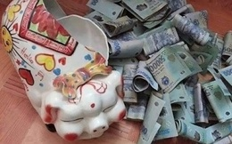 Mỗi ngày bỏ ống heo 50.000 đồng thôi, số tiền bạn tiết kiệm được dư đóng 1 năm học phí cho con