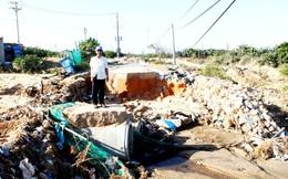 Hơn 200 hộ dân Ninh Thuận khổ sở vì mất đường sau lũ