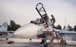Nếu bị bắn hạ, phi công quân sự Nga dùng súng gì để phá vây?