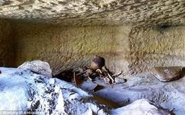 Truy tìm bí ẩn của 12 cổ mộ trong nghĩa địa Ai Cập cổ đại 3400 tuổi
