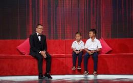 Lại Văn Sâm tặng 2 tháng lương hưu đầu tiên cho hai cậu bé đáng thương này!