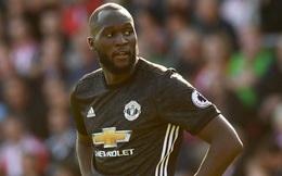 Sau khi ghi bàn quyết định, Lukaku bị Man United bỏ rơi cách nhà hàng trăm cây số