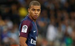 """Đã không ghi bàn, Mbappe còn """"giúp"""" Monaco phá lưới PSG"""