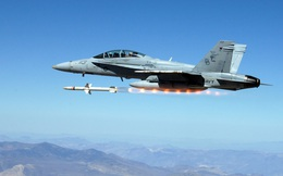 """Trang bị thêm 1.500 tên lửa AGM-88E, Mỹ khiến phòng không Trung Quốc """"run bần bật"""""""