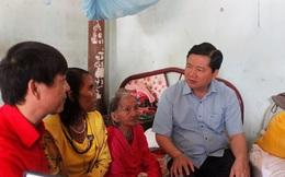 Bí thư Thăng ra Ninh Thuận tặng quà cho người nghèo đón Tết