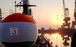 """Tàu ngầm 200 triệu USD Ấn Độ """"vô hại"""" vì thiếu ngư lôi"""