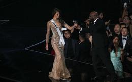 Diện đầm dạ hội của NTK Hoàng Hải, người đẹp Pháp đăng quang luôn Hoa hậu Hoàn vũ 2016!