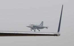 """Ấn Độ """"hắt hủi"""" máy bay chiến đấu sản xuất trong nước, Châu Á khó tự cường"""