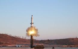 Cận cảnh Bình Nhưỡng phóng tên lửa đất đối đất Pukguksong-2