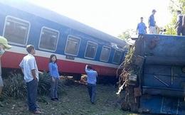 Thừa Thiên Huế: Tàu hoả đâm xe tải, lật khỏi đường ray, 3 người chết tại chỗ