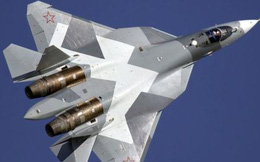 Tiêm kích T-50 bắn tên lửa, thả bom, tránh vết xe đổ F-35