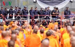 Người biểu tình tại chùa Dhammakaya tự sát, Thái Lan lấy làm tiếc