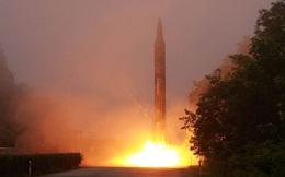 Triều Tiên thử nghiệm phóng liên tiếp tên lửa vào căn cứ quân sự Mỹ ở Nhật Bản