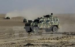 Mỹ đưa hàng trăm lính thủy đánh bộ và pháo hạng nặng tới Syria