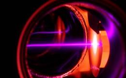 Tạo ra siêu chất lỏng, đẩy về phía trước sẽ tăng tốc về phía sau