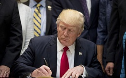 Trump đảo ngược quyết định chỉ vài giờ sau khi cấp dưới thông báo ông chuẩn bị ký lệnh rút khỏi NAFTA