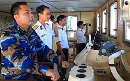 Bám biển, bám tàu, thi đua đột kích