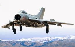 """Không thể tin nổi với """"sức mạnh"""" máy bay chiến đấu của Triều Tiên"""