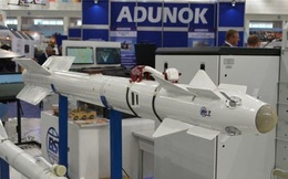 Belarus giới thiệu biến thể nâng cấp của tên lửa R-73 và R-60