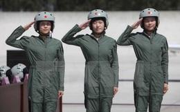Không quân Trung Quốc bắt đầu tuyển dụng phi công nữ thế hệ 11