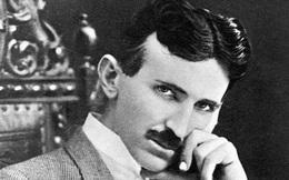 Từ năm 1898, Nikola Tesla đã gây chấn động khi làm tất cả mọi người tin rằng chiếc thuyền này được điều khiển bằng giọng nói