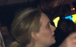 'Họa mi nước Anh' Adele đến tận hiện trường vụ cháy ở London để an ủi các nạn nhân