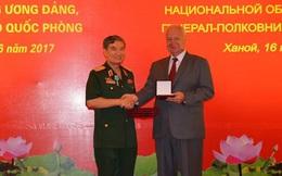 Liên bang Nga tặng Thượng tướng Trương Quang Khánh Huân chương Hữu nghị