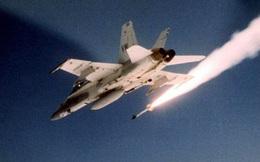 """Vì sao tên lửa """"mới nhất, tốt nhất"""" của Mỹ bắn trượt Su-22 Syria?"""