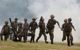 Lo Trung Quốc tấn công phủ đầu, Ấn Độ gấp rút xây boong-ke, chôn mìn, lắp ụ súng máy